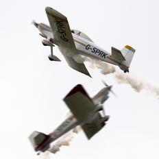 G-SPRK - Fireflies Aerobatic Display Team Vans RV-4
