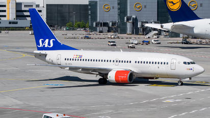 SE-RES - SAS - Scandinavian Airlines Boeing 737-700