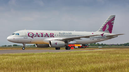A7-AHB - Qatar Airways Airbus A320