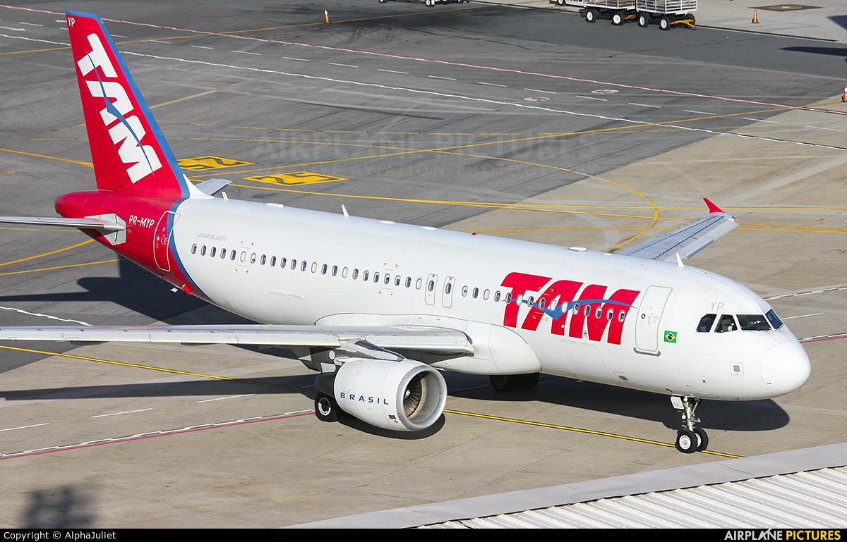 TAM PR-MYP aircraft at Brasília - Presidente Juscelino Kubitschek Intl