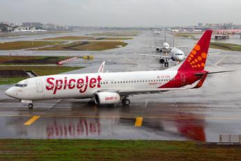 VT-SZB - SpiceJet Boeing 737-800