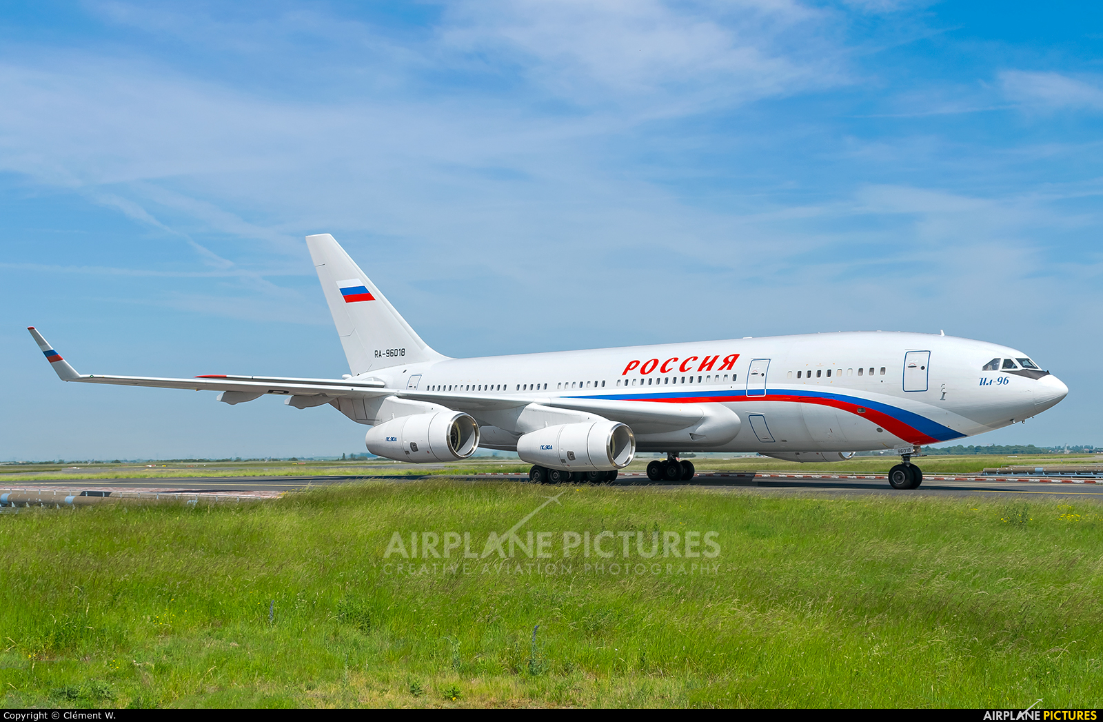 Rossiya RA-96018 aircraft at Paris - Charles de Gaulle