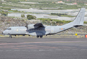 T.21-10 - Spain - Air Force Casa C-295M