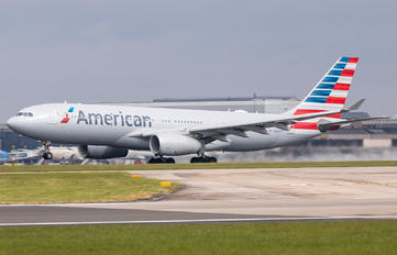 N284AY - American Airlines Airbus A330-200