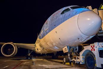 G-TUID - Thomson/Thomsonfly Boeing 787-8 Dreamliner