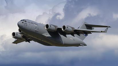 04-4130 - USA - Air Force Boeing C-17A Globemaster III