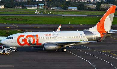 PR-GEJ - GOL Transportes Aéreos  Boeing 737-700