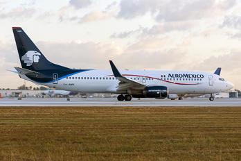 XA-AMK - Aeromexico Boeing 737-800