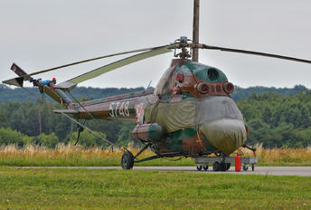 5748 - Poland - Air Force Mil Mi-2