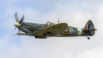 G-CGYJ - Aero Legends Supermarine Spitfire IX
