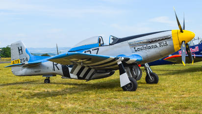 - - Private North American P-51D Mustang