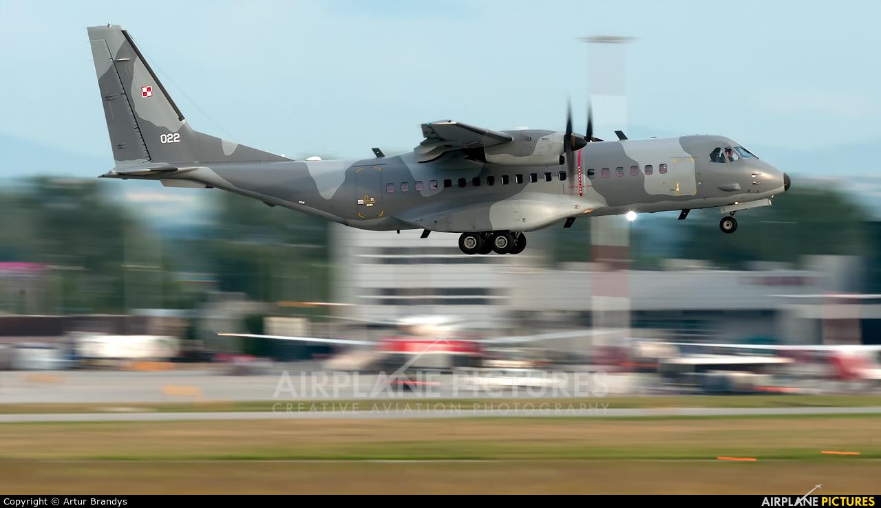 Poland - Air Force 022 aircraft at Kraków - John Paul II Intl
