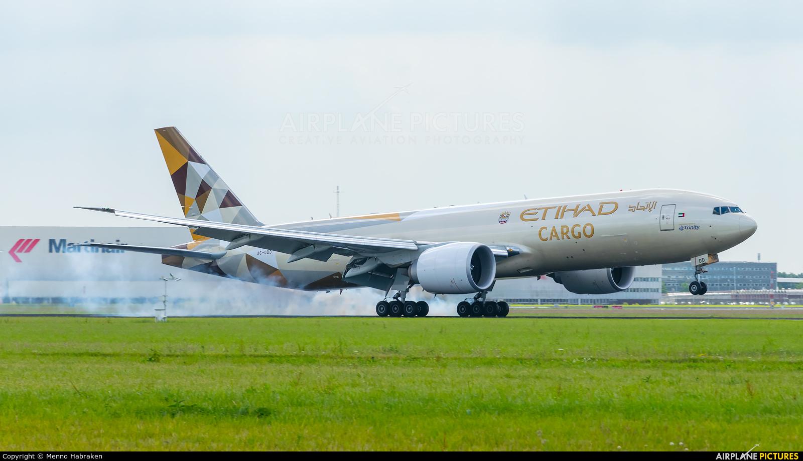 Etihad Cargo A6-DDD aircraft at Amsterdam - Schiphol