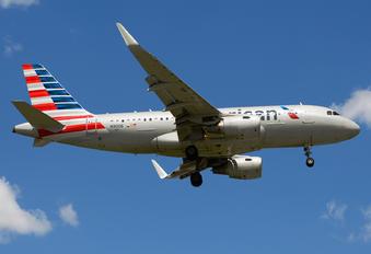 N9006 - American Airlines Airbus A319
