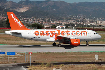 G-EZBR - easyJet Airbus A319