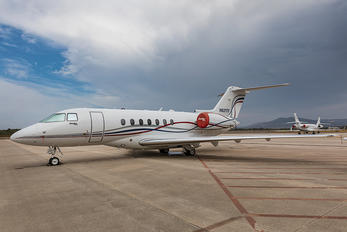N621TF - Private Hawker Beechcraft 4000 Horizon