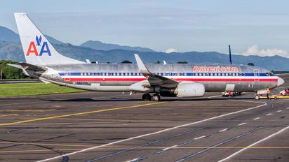 N863NN - American Airlines Boeing 737-800
