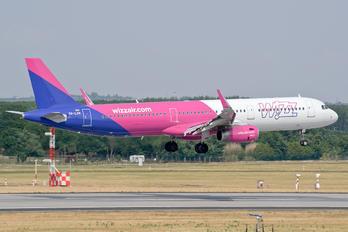 HA-LXN - Wizz Air Airbus A321
