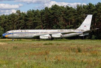 N130KR - Lufthansa Boeing 707-400