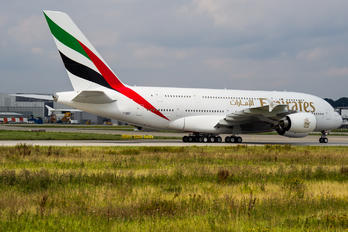 F-WWAR - Emirates Airlines Airbus A380