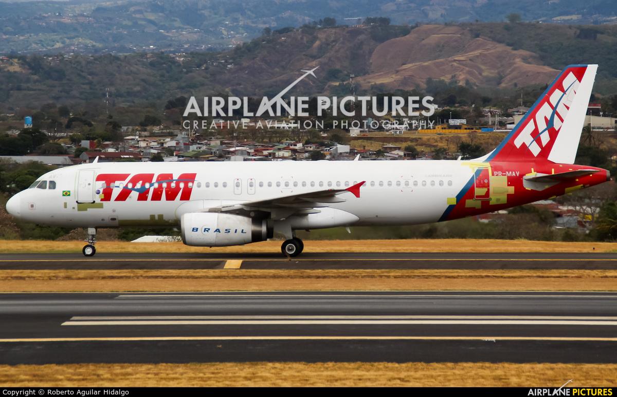 TAM PR-MAV aircraft at San Jose - Juan Santamaría Intl