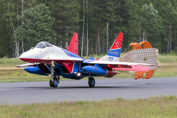"32 - Russia - Air Force ""Strizhi"" Mikoyan-Gurevich MiG-29"