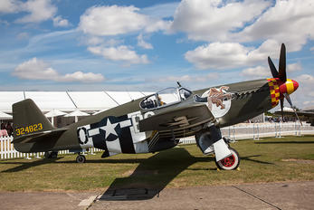 - - Private North American P-51B Mustang