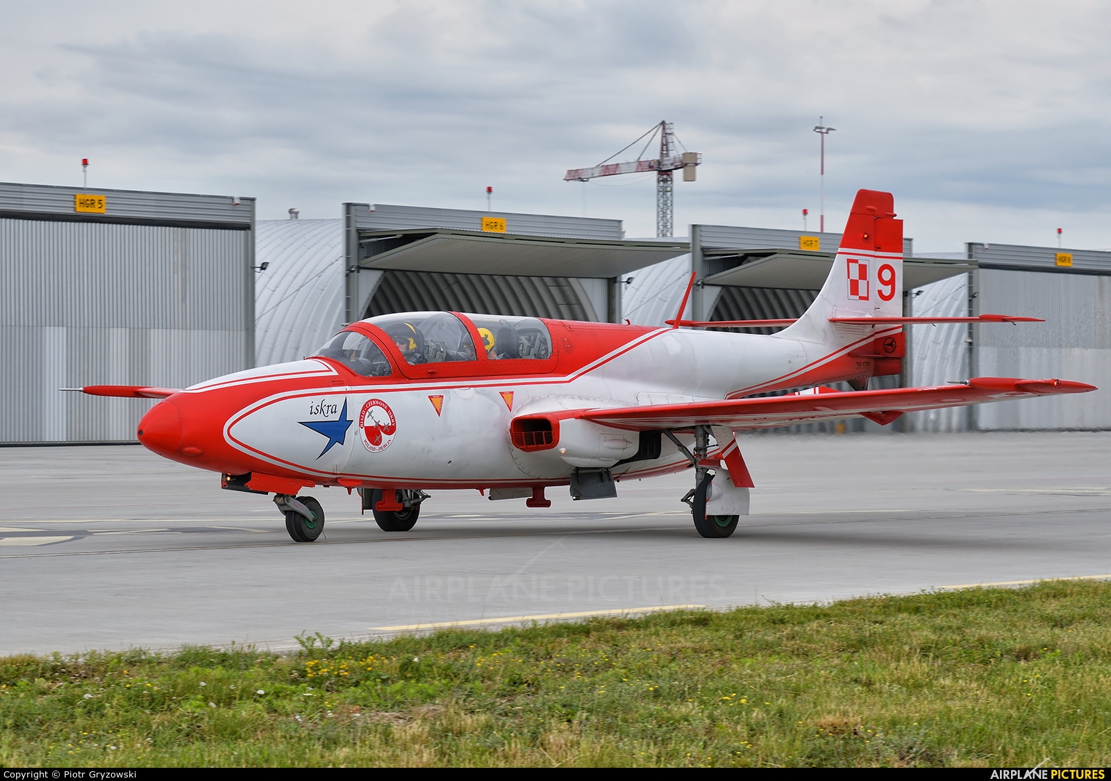 Poland - Air Force: White & Red Iskras 1715 aircraft at Dęblin