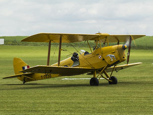 T-7230 - Private de Havilland DH. 82 Tiger Moth