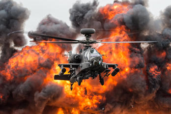 ZJ203 - UK - Army Air Corps Boeing AH-64D Apache