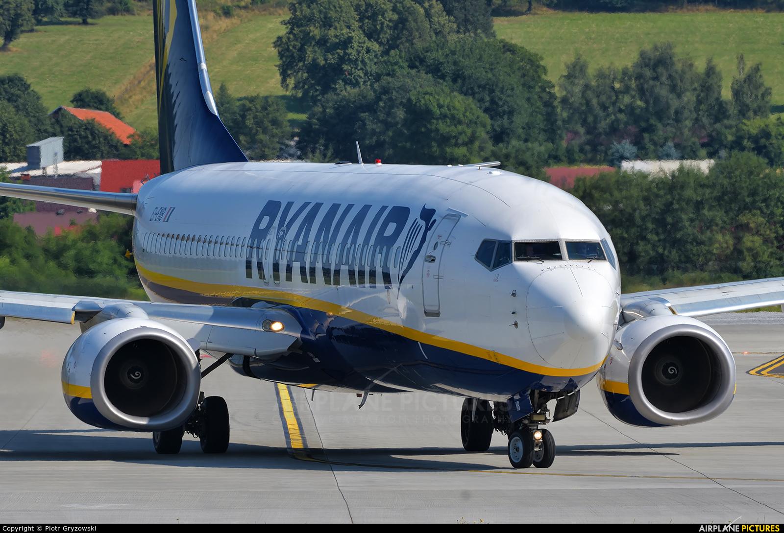 Ryanair EI-ENB aircraft at Kraków - John Paul II Intl