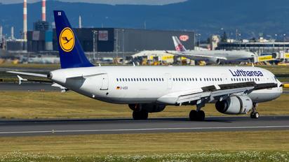 D-AISX - Lufthansa Airbus A321