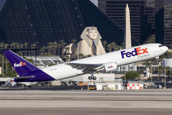 N415FE - FedEx Federal Express Boeing 767-300F