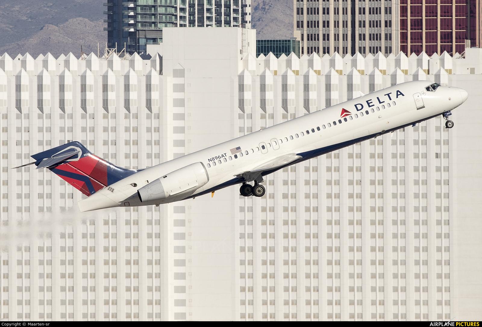 Delta Air Lines N896AT aircraft at Las Vegas - McCarran Intl