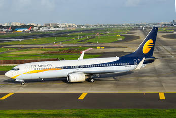 VT-JFQ - Jet Airways Boeing 737-800