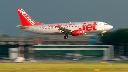 G-CELX - Jet2 Boeing 737-300