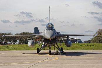 15110 - Portugal - Air Force General Dynamics F-16AM Fighting Falcon