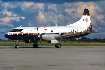 XA-UJI - Aeronaves TSM Convair CV-640