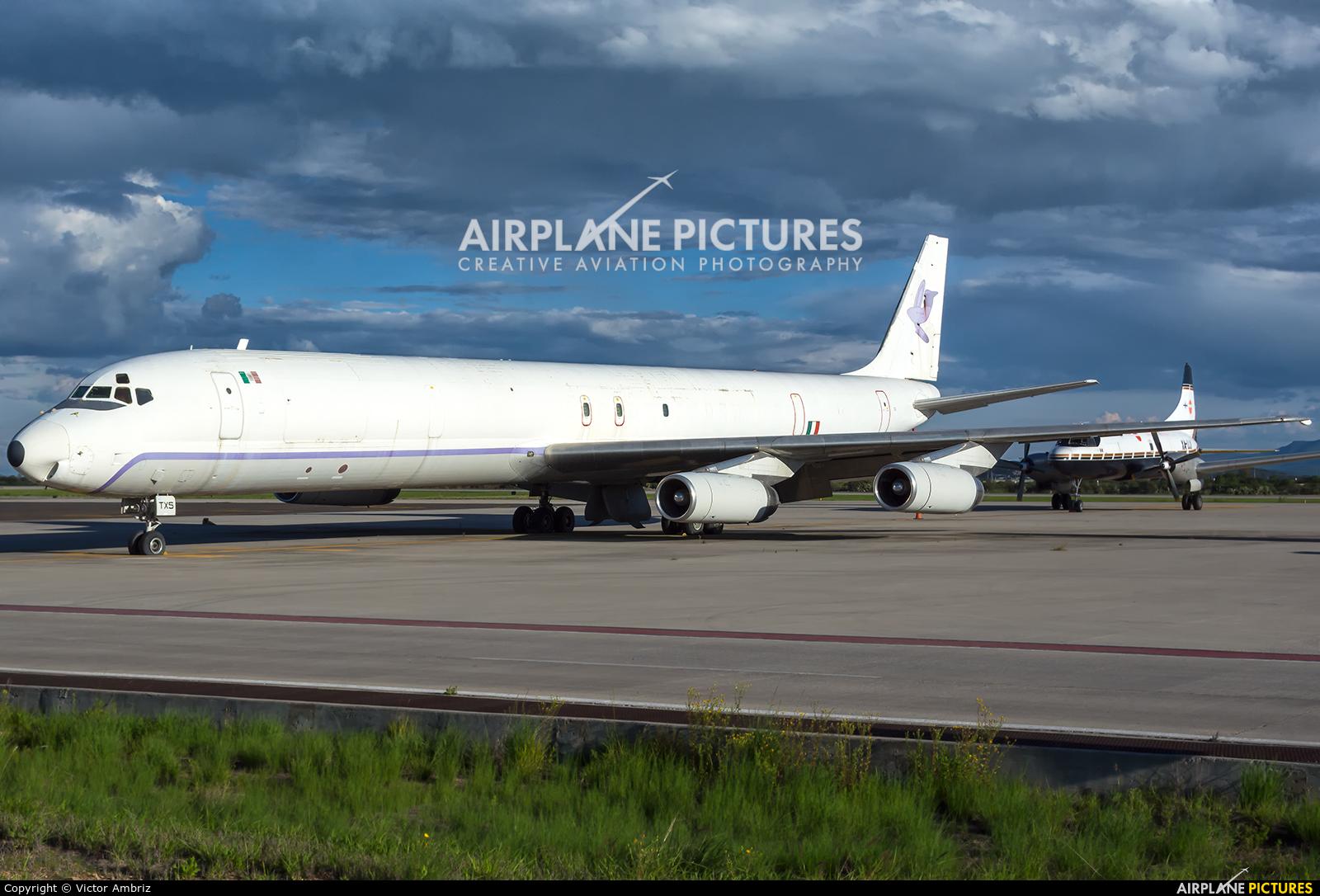 Aeropostal XA-TXS aircraft at Quéretaro