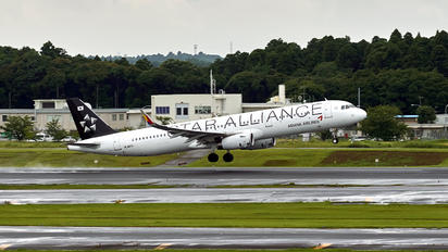 HL8071 - Asiana Airlines Airbus A321
