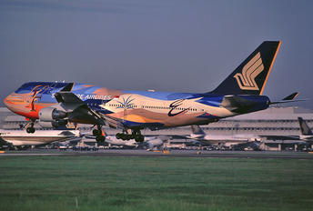 9V-SPL - Singapore Airlines Boeing 747-400
