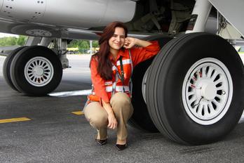 - - - Aviation Glamour - Aviation Glamour - Model