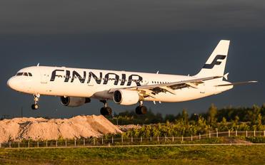 OH-LZB - Finnair Airbus A321