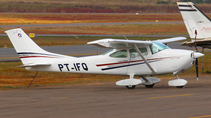 PT-IFQ - Private Cessna 182 Skylane (all models except RG)