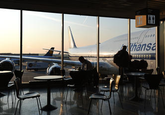 - - Lufthansa - Airport Overview - Terminal Building