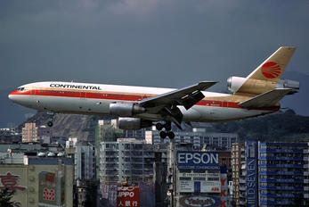 N68043 - Continental Airlines McDonnell Douglas DC-10