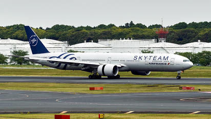 αroom_SKYTEAM