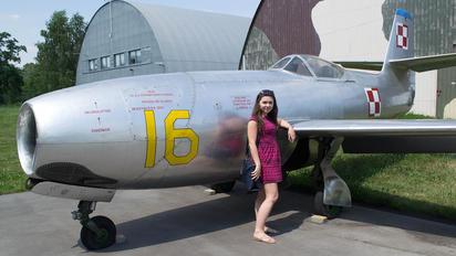 16 - Poland - Air Force Yakovlev Yak-23