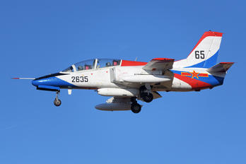 2635 - China - Air Force Hongdu JL-8