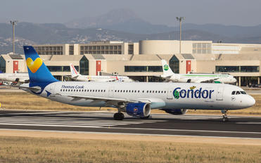 D-AIAA - Condor Airbus A321